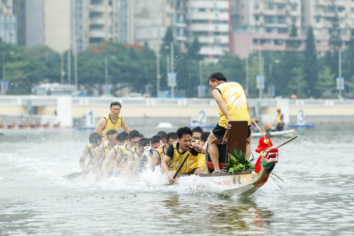 Sands China Teams Prepare for Dragon Boat Races